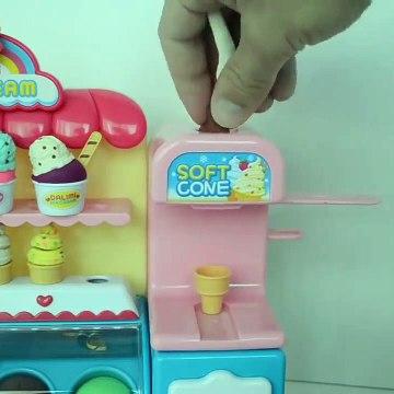 Kids Toy Videos US - Plastilina Play Doh y la Familia de Peppa Pig comiendo Paletas y Helados de Playdoh!!!