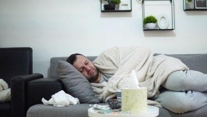 Diese leichten COVID-19-Symptome solltest du nicht ignorieren