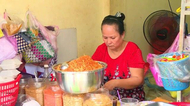 Saigon Street Food Vietnam 2020 - Traditional Rice Paper Salad - Go and Taste