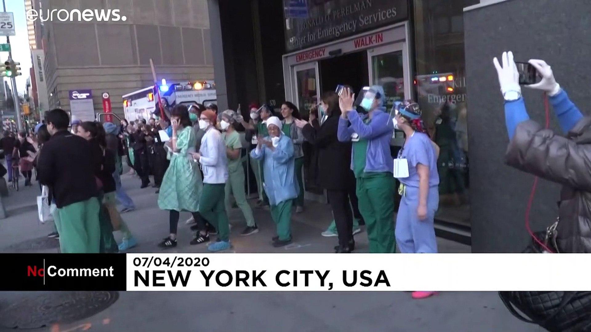 شاهد: تحية فرق الإطفاء والإنقاذ للطواقم الطبية ومرضى كوفيد 19 في نيويورك