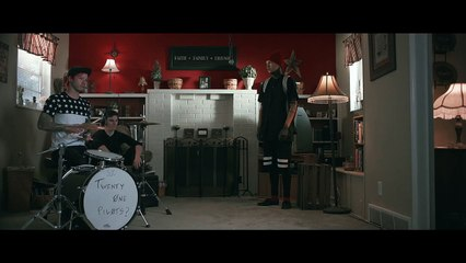 twenty one pilots Stressed Out [OFFICIAL VIDEO]
