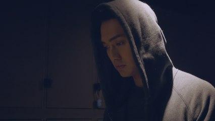 """鄭俊弘 Fred - 血淚的磨練 (劇集 """"機場特警"""" 主題曲) Official MV"""