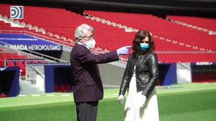 Ayuso anuncia un convenio con el Atlético de Madrid para usar la cocina del Wanda Metropolitano