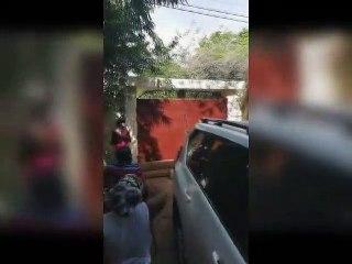 Les forces de l'ordre forcent le portail du domicile d'Agbéyomé pour l'arrêter