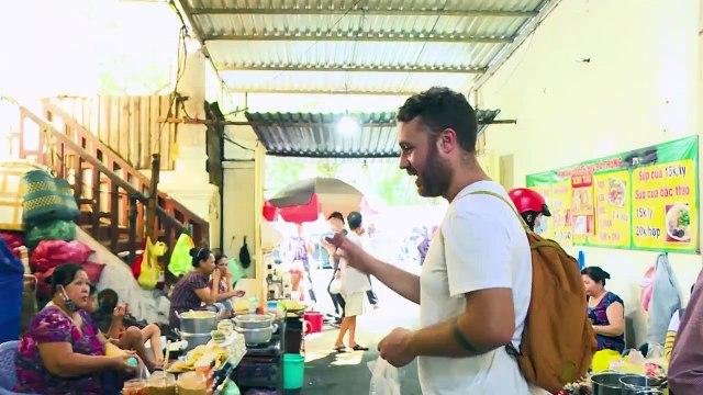 Saigon Street Food Vietnam 2020 - 4$ CHALLENGE What to eat at the 76 Hai Ba Trung - Saigon life