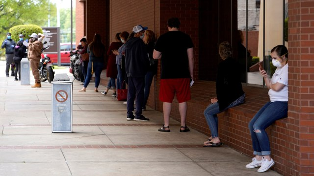 More than 26 million Americans apply for unemployment benefits in 5 weeks