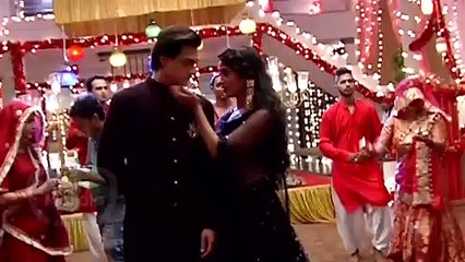 Shivangi Joshi ANGRY On Mohsin Khan For Not Proposing Her In Public