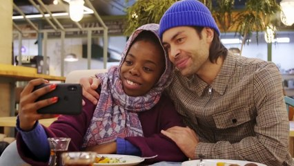 Seni Beklerken - Aşk Yolcuğunda ''Aşkın her hali '' (E.Özpirinçci)