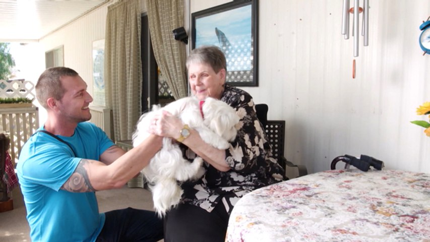 Lucky Dog - Minnie meets Jean