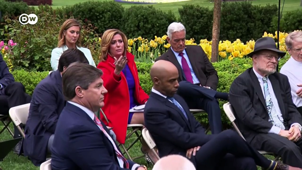 Coronavirus- Trump halts WHO funds amid falling poll numbers – DW News