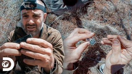 Bateria de lítio salva o Ed na Mongólia   Ed Stafford: Desafio Mortal   Discovery Brasil