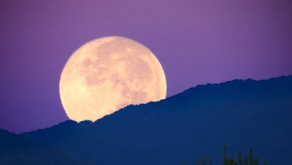 The last supermoon of 2020 is happening Thursday — here's what a supermoon actually is
