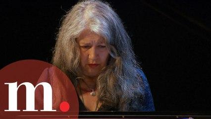 Martha Argerich with Gábor Takács-Nagy - Beethoven : Piano Concerto No. 2 (EXTENDED VIDEO)