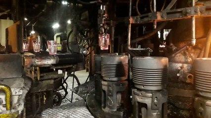 """Fabrication d'un gobelet """"Picardie"""" à l'usine Duralex (La Chapelle-Saint-Mesmin)"""