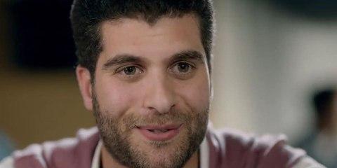 شبيه عمر الشريف في مسلسل بـ100 وش فيديو Dailymotion
