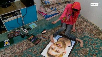 Художница из Ирана ногами создает портреты знаменитостей