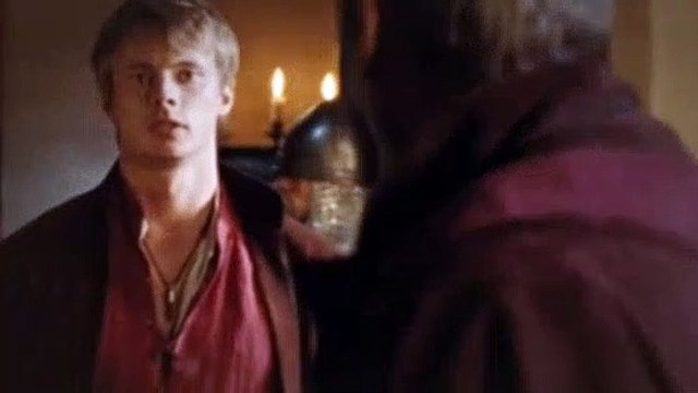 Merlin 01x01 The Dragon's Call [Comm]