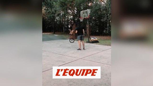 Un dunk d'équilibristes - Basket - WTF