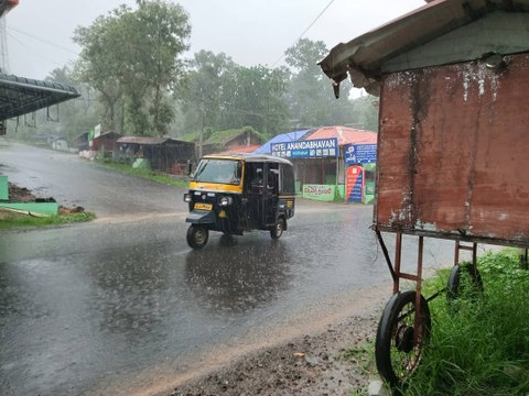 Weather Update : Chances for rain over Tamil Nadu | Amphan Cyclone
