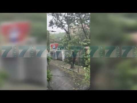 SUPERCIKLONI GODET INDINE, SHKAKTON 12 VIKTIMA - News, Lajme - Kanali 7