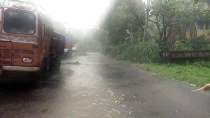 """""""Amphan"""": stärkster Zyklon seit mehr als 20 Jahren tobt über Bangladesch und Indien"""