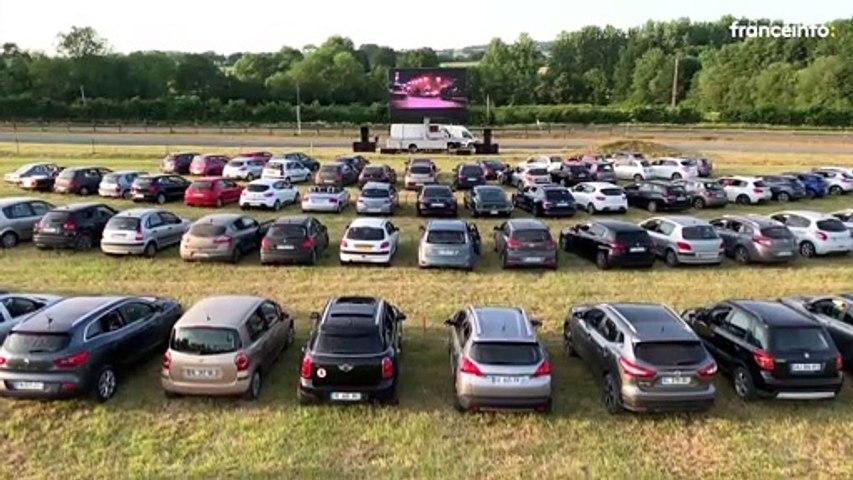 """Cinéma drive-in : """"Les gens qui sont là, ils oublient tout"""""""