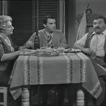Le inchieste del commissario Maigret - S2e1 Non si uccidono i poveri diavoli Puntata 1 parte 2 (1966  sceneggiato RAI)  Gino Cervi