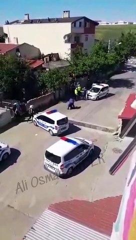 Çorlu'da polis şiddeti kamerada; 5 araçla gelip vatandaşı darp ettiler