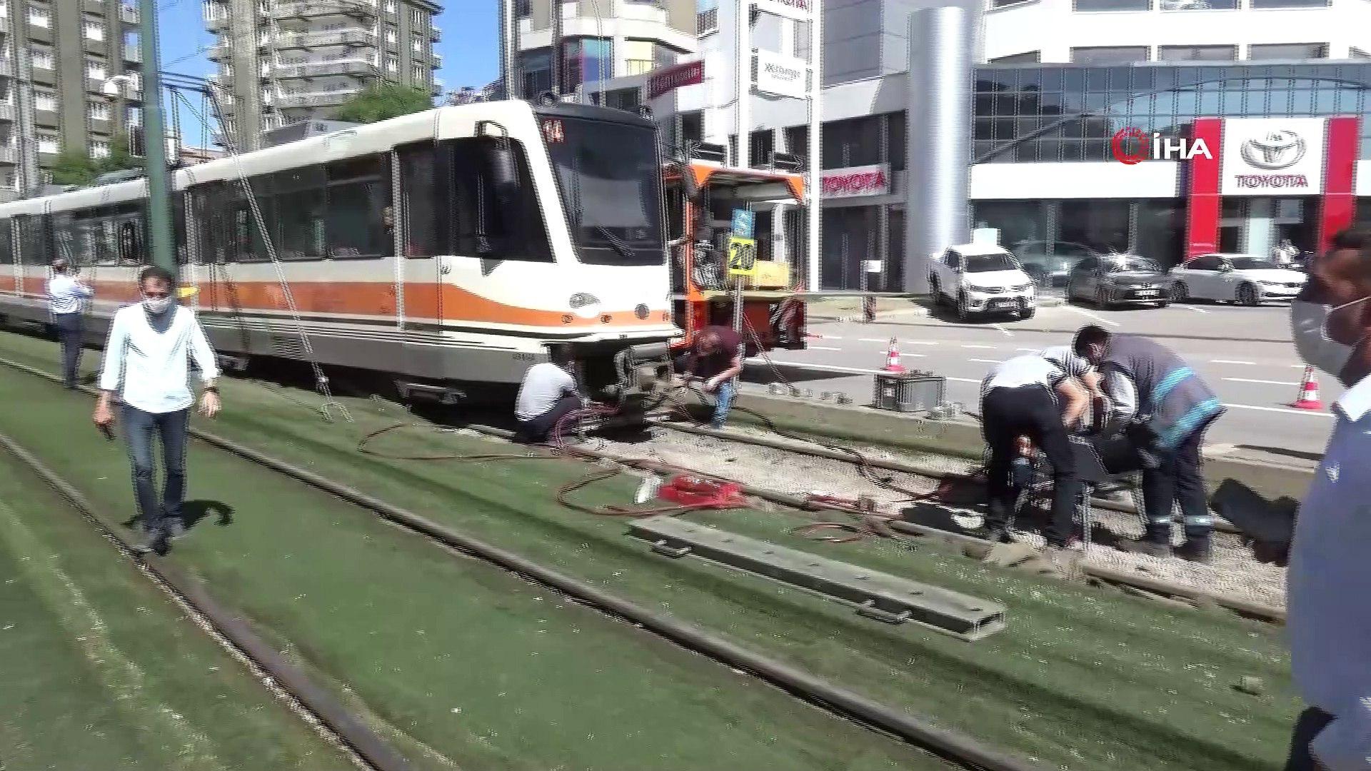 Gaziantep'te tramvay raydan çıktı - Dailymotion Video