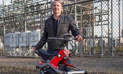 دراجة كهربائية بإطار واحد.... وسيلة فريدة من نوعها للتنقل