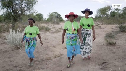Poder feminino! Mamães solares providenciam energia sustentável para vilarejo afastado em Madagascar