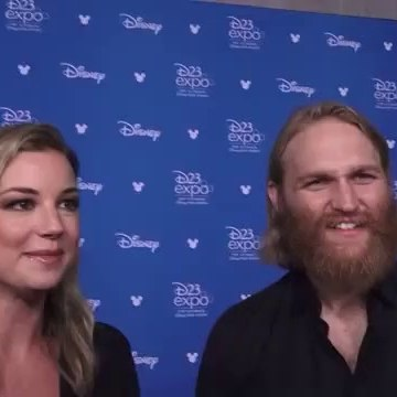 The Falcon and The Winter Soldier: Emily VanCamp & Wyatt Russell Interview (D23 Expo 2019) - SUB ITA