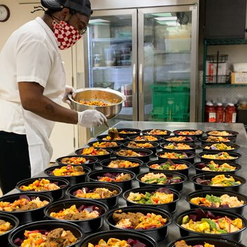 How restaurants are making 800,000 meals for frontline workers