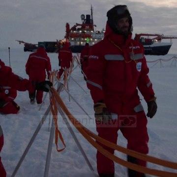 Top News - Pandemia e koronavirusit rrezikon ekspeditën në Arktik