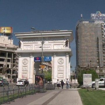 Top News - Rëndohet bilanci i vdekjeve nga Covid-19 në Maqedoni/ 7 viktima, mbi 80 të infektuar