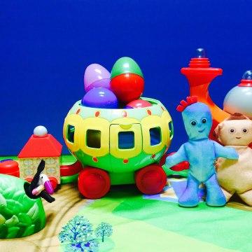 Easter Egg Surprise Opening on Ninky Nonk Toy In The Night Garden Makka Pakka