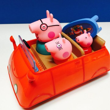Peppa Pig Push and Go Car Picnic Toy