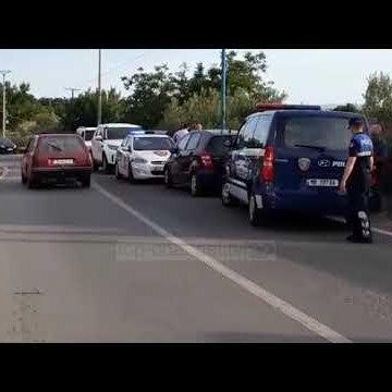 Aksidentimi i makinës së policisë teksa po ndiqtë të dyshuarin, ka pasur edhe të shtëna me armë