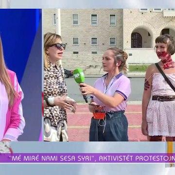 E ngacmuan rrugës për në protestë se ishte me fustan, habit aktorja