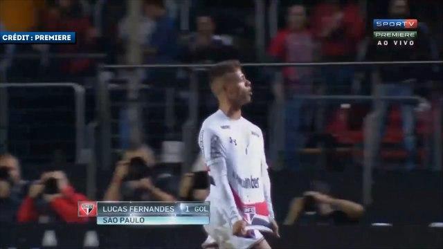 Les skills de Lucas Fernandes avec Sao Paulo