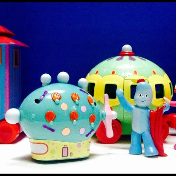Iggle Piggle Surprise Pinky Ponk Upsy Daisy on the Ninky Nonk In The Night Garden