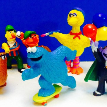 Seseme Street Big Bird and Cookie Monster Vintage Figures