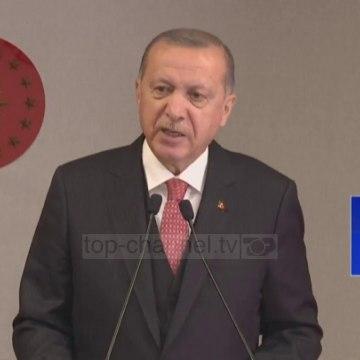Top News - Covid, masat në Turqi/ Erdogan heq ndalimin e fundjavës