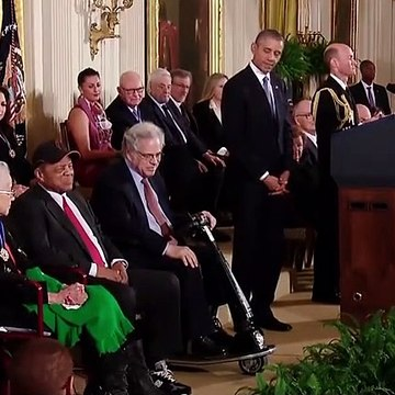 President Obama Awards Willie Mays The Presidential Medal Of Freedom