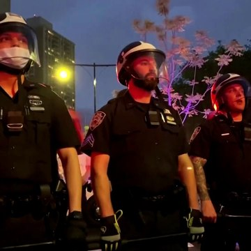 Police push back protesters in New York