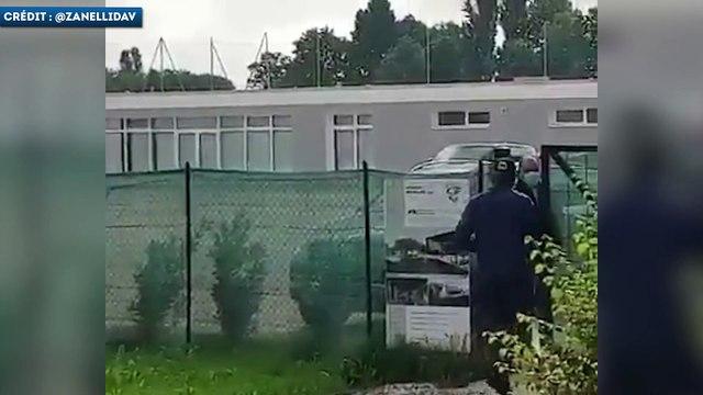 Mario Balotelli empêché de rentrer au centre d'entraînement de Brescia !