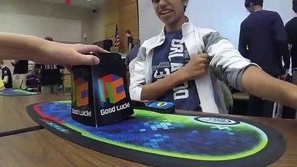 Moins de 5 secondes pour terminer Rubik's Cube