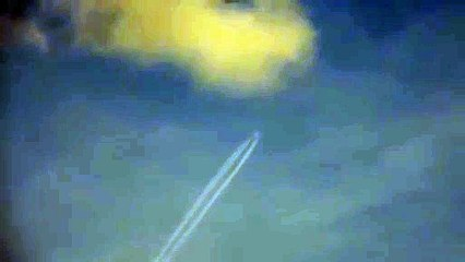 Zoom sur un avion avec un appareil photo