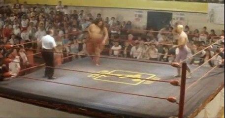 El Mask D' Or (Jean Reno) vs Yokozuna
