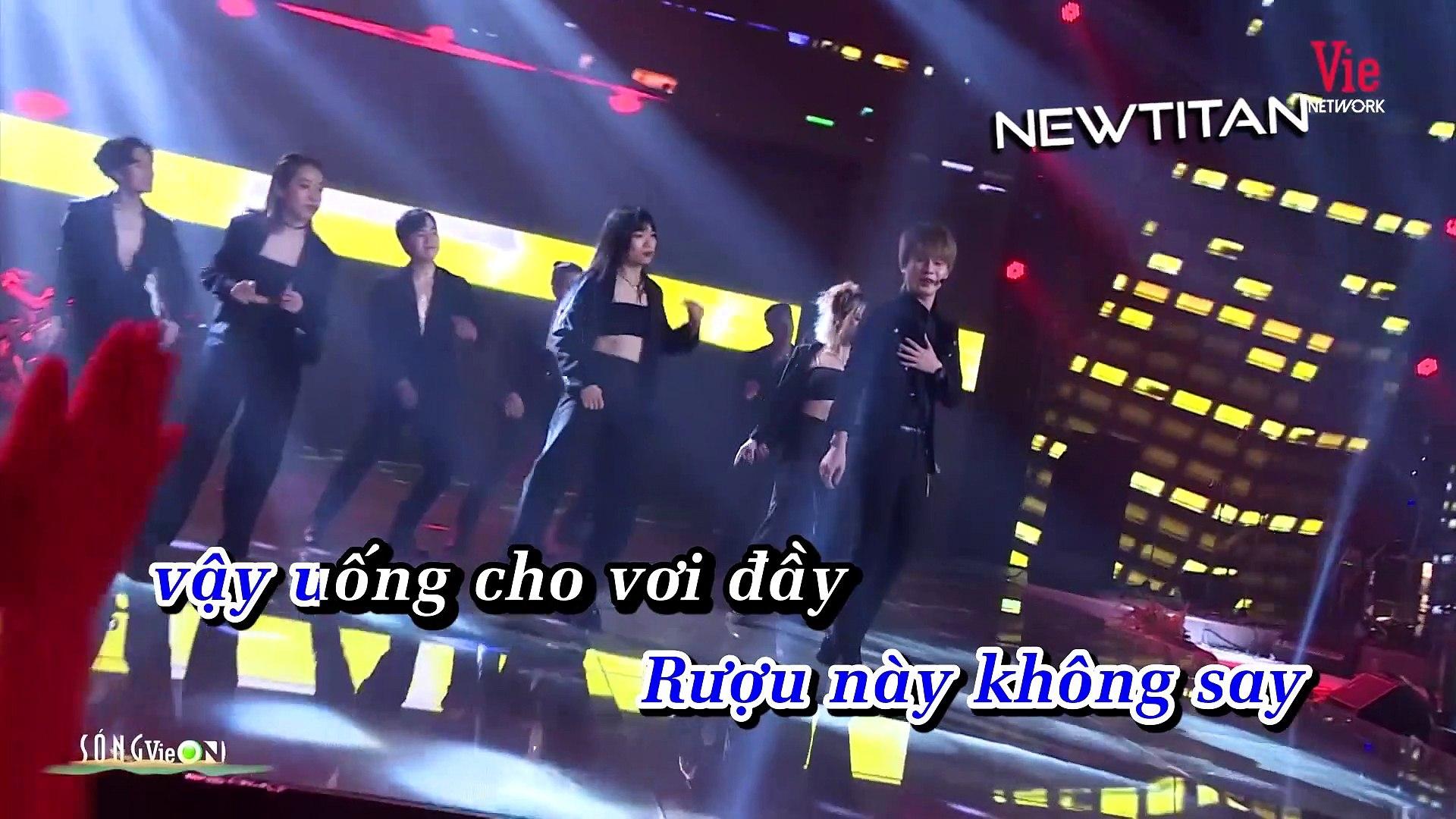 [Karaoke] Là Một Thằng Con Trai (New Version) - Jack [Beat] | Live VieON